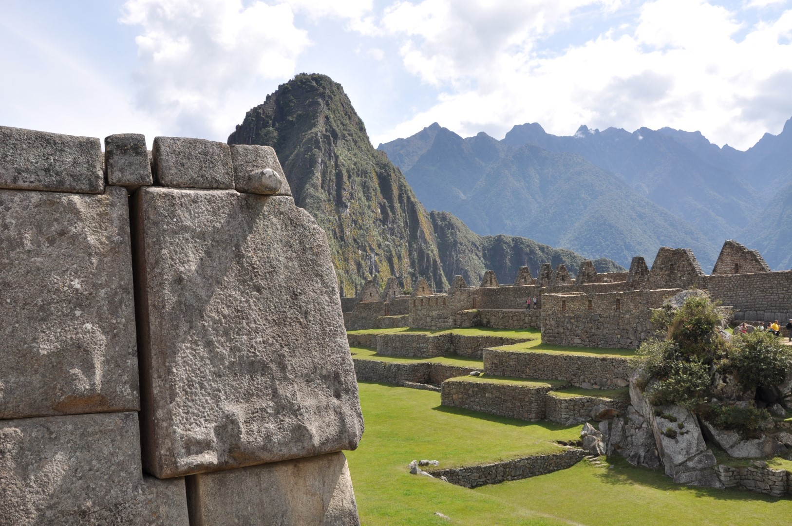 Short Inca trail 2 Days - Hike to Machu Picchu